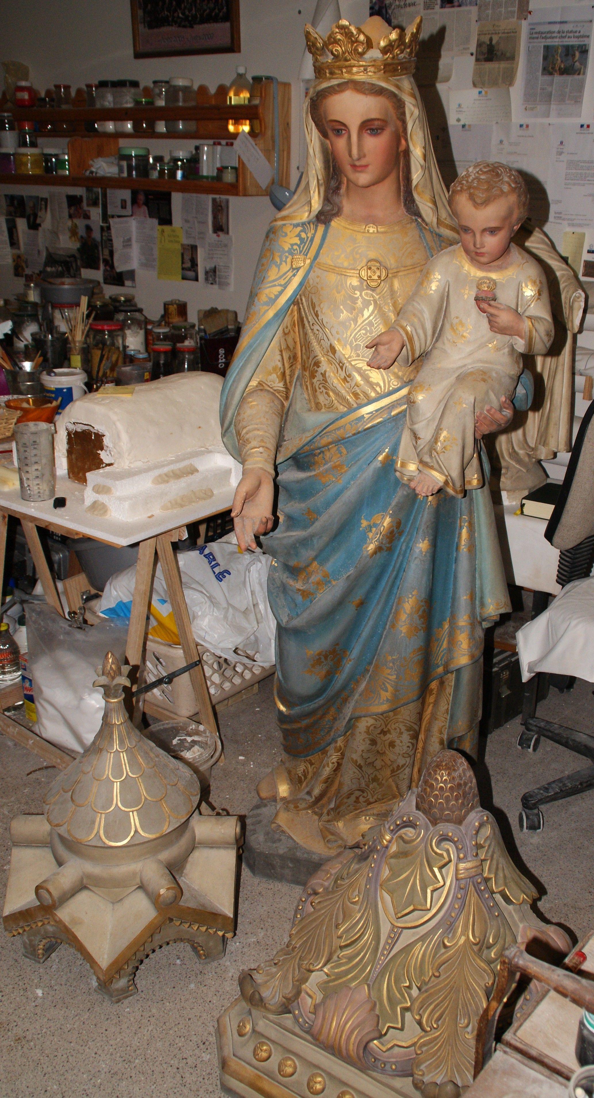 Restauration de la vierge a l 39 enfant lapugnoy for Statue vierge marie pour exterieur